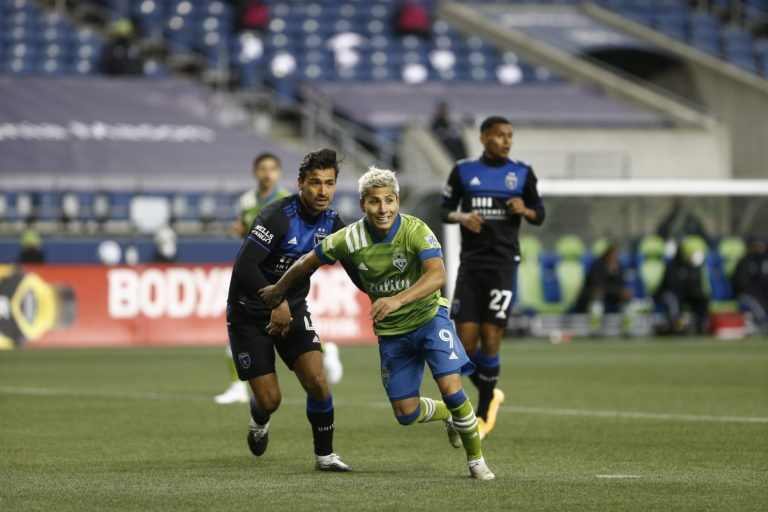 Seattle gets 4-1 win over San Jose on Decision Day