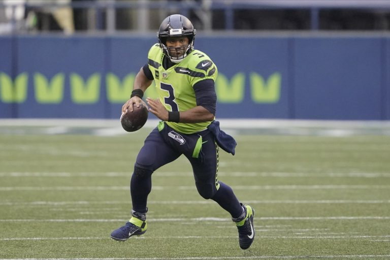 Uni Vision: Ranking the best uniforms in Seahawks history