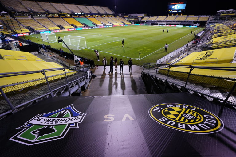 Sounders can't repeat as champions, fall to Crew 3-0