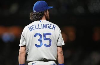 Cody Bellinger's throwing error helps Giants defeat Dodgers, 2-1