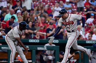 Freddie Freeman clubs 24th homer in Braves' 6-1 win over Cardinals