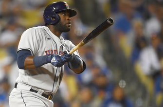 Yordan Álvarez's two-run homer seals Astros' 3-0 win vs. Dodgers