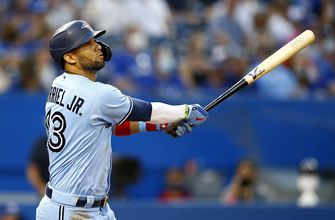 Teoscar Hernández goes 3-for-3 with three RBI and a homer as Blue Jays cruise to 7-2 win over Indians